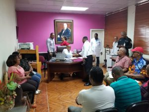 Hospital Jaime Mota se reune con prensa local