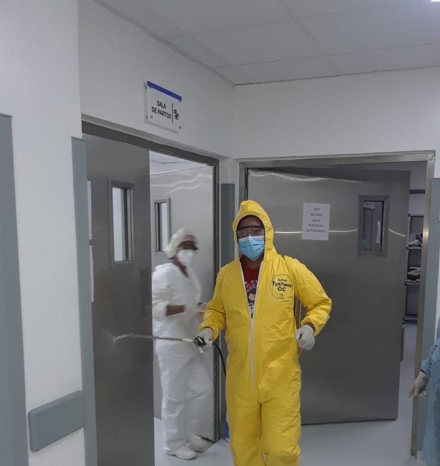 Gran jornada de limpieza, lavado y desinfección se realizó en el Hospital Jaime Mota para combatir el Covid-19